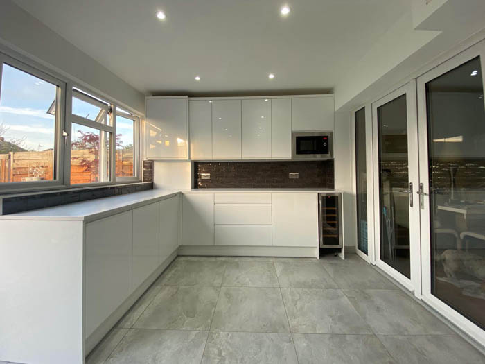 new fitted kitchen London